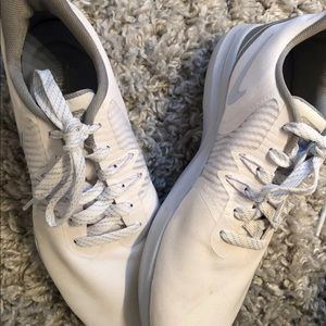 Womens Nike Shoes Size 8.5